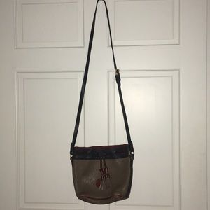 Dooney & Bourke vintage crossbody bag!